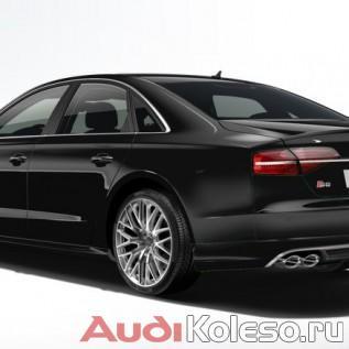 Оригинальные колесные диски Ауди R20 4H0601025BT на черной Audi S8 D4